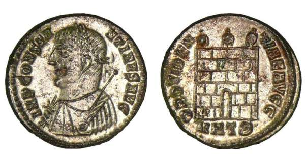 Constantin 1er - Nummus (324-325) - Porte de camp